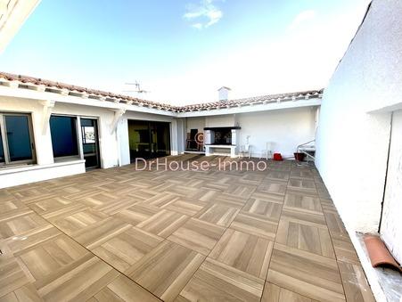 vente immeuble le grau du roi 1 157 000  € 945 m²