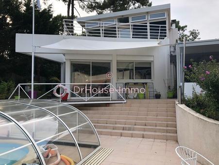Vends maison les mathes 1 242 000  €