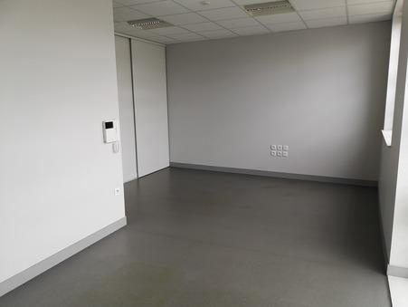 Acheter professionnel LA ROCHE SUR YON  157 000  €