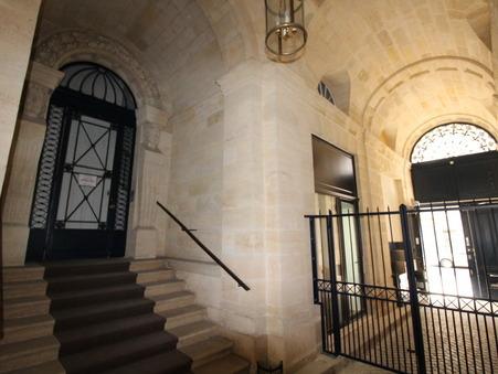 Loue appartement BORDEAUX 1 890  €