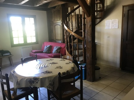 A vendre appartement BESSE ET ST ANASTAISE 48 m² 87 200  €