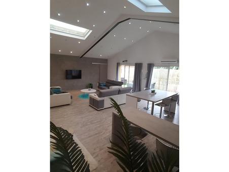 vente loft UCHAUD  249 000  € 155 m²
