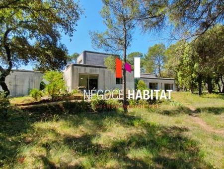 Vends maison castries 1 352 000  €