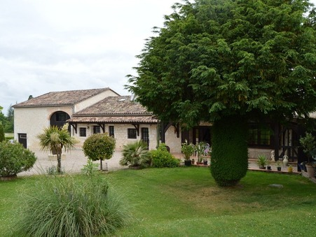 vente maison DURAS  366 800  € 185 m�
