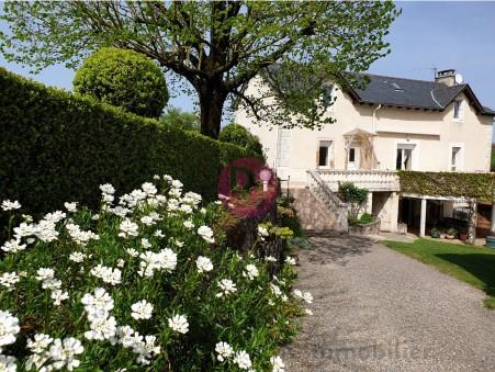 maison  296800 €