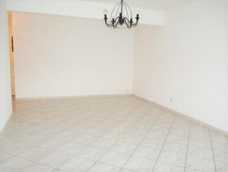 appartement  475 €