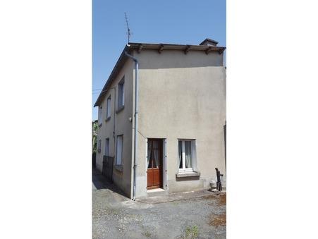 maison  69800 €