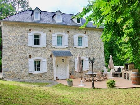 A vendre maison GAN  588 000  €