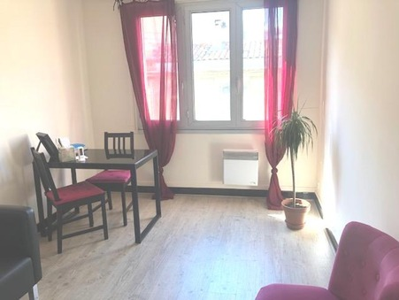 location local montpellier 18m2 350€