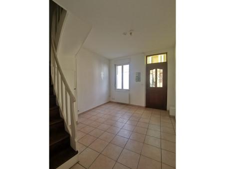 maison  450 €