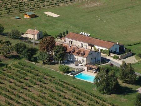 vente maison GAGEAC ET ROUILLAC  693 000  € 825 m²