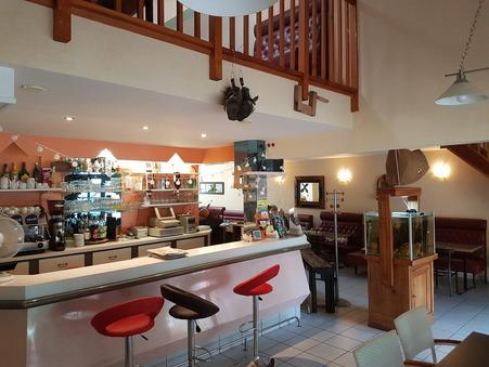 vente fondscommerce Saint-fulgent  147 700  € 210 m²