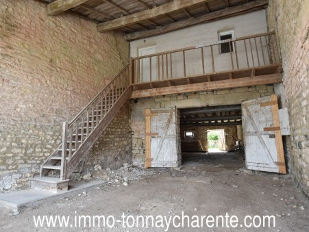 Vends maison Surgeres 54 500  €