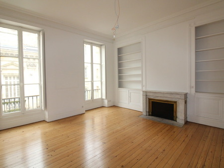 Locaux - Bureaux  6000 €