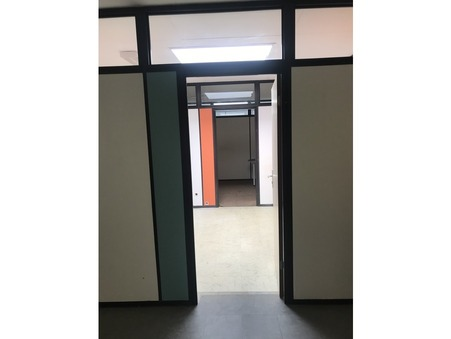 Location professionnel NEUILLY SUR MARNE 49 m² 0  €