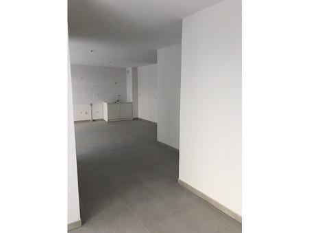appartement  1251 €