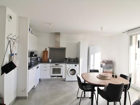 Loue appartement PLAN DE CUQUES 45.97 m²  850  €