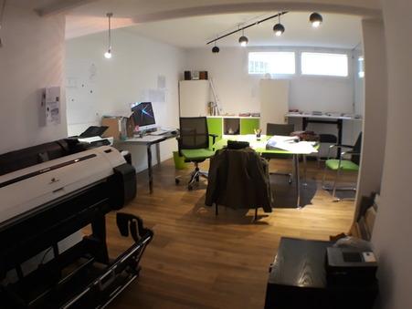 Louer professionnel PLAN DE CUQUES 70 m² 1 050  €