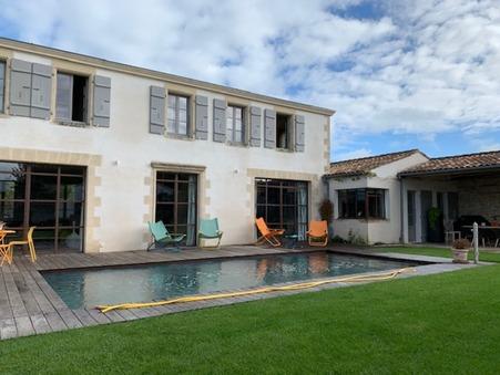 vente maison LA FLOTTE 3 848 000  € 310 m²