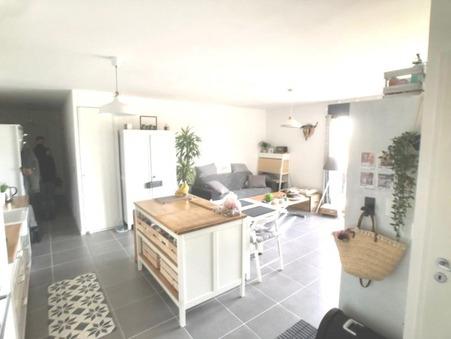appartement  730 €
