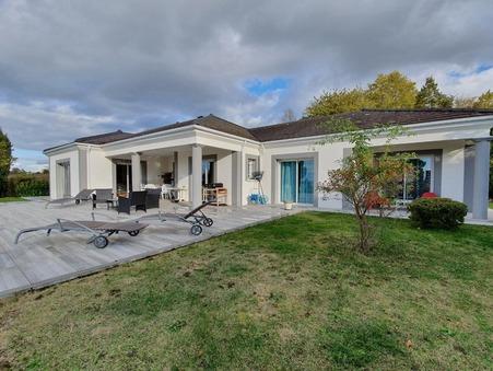 vente maison Vichy 572000 €
