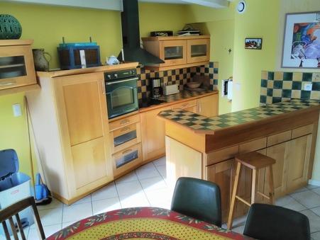 vente appartement BESSE ET ST ANASTAISE 150m2 230000€