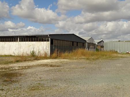 vente entrepot PONS  171 200  € 1600 m²