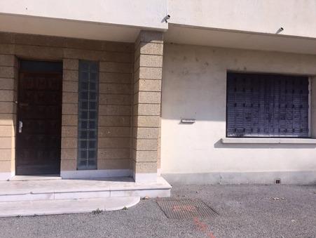 location autre Pierrelatte  730  € 89 m²