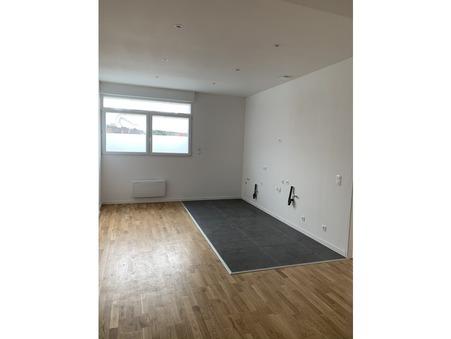 appartement  174660 €