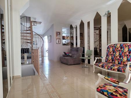Vente maison orange  209 500  €