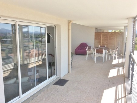 location appartement CHATEAU GOMBERT 1125 €