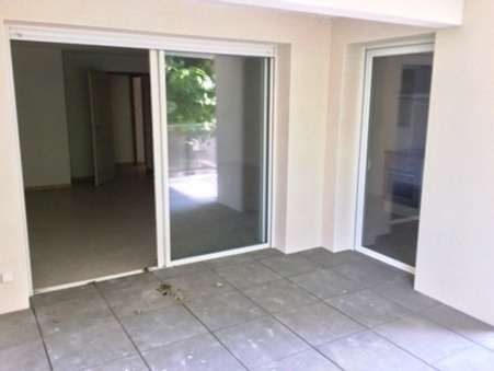 Louer appartement NARBONNE  885  €