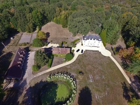 vente propriete Bourges 600m2 1470000€