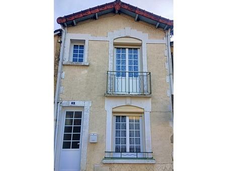 Vends maison LALINDE 79 000  €