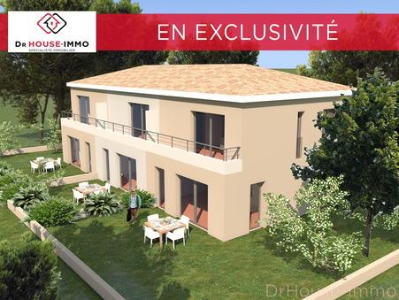 Vends maison six fours les plages  365 000  €