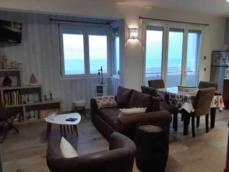 appartement  594 €