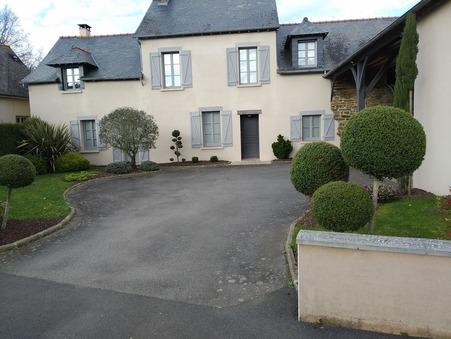 maison  436800 €
