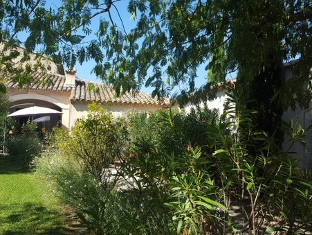 vente maison SENAS 785000 €