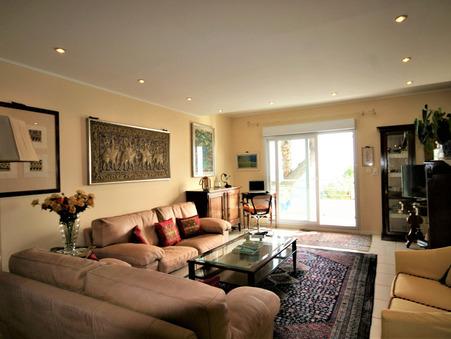 Achat appartement Nice  894 700  €