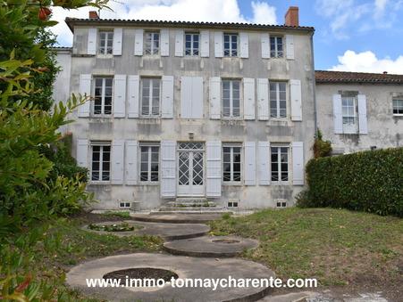 A vendre maison TONNAY CHARENTE  366 200  €
