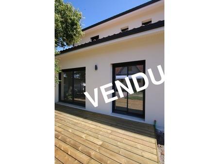 Acheter appartement GUJAN MESTRAS  376 000  €