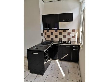 appartement  400 €