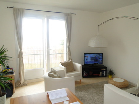 appartement  523 €