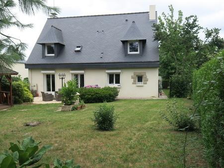 maison  540800 €