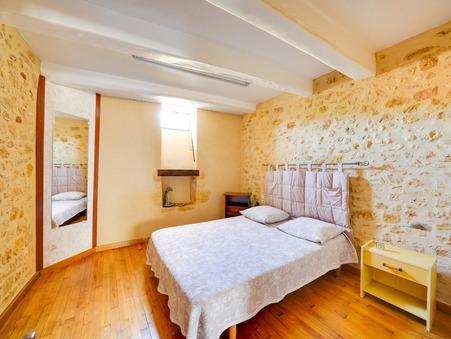 Vends maison LALINDE 89 640  €