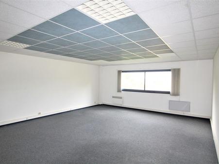 location Locaux - Bureaux TRESSES 45m2 340€