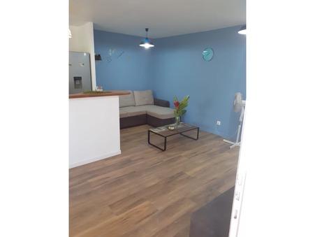 location appartement LE GOSIER 850 €