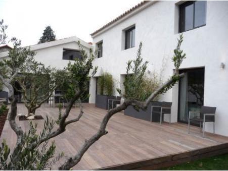 vente maison Les angles 690000 €