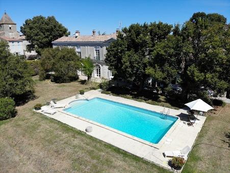 vente maison DURAS  943 200  € 360 m�