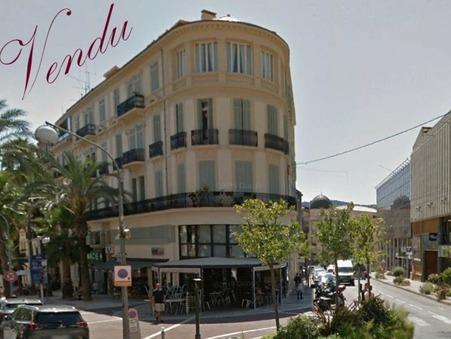 vente appartement HYERES 55 000  € 12.19 m²